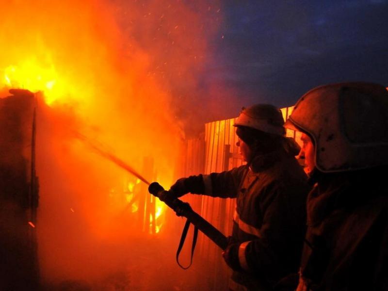 Впожаре вОрловской области погибли три человека